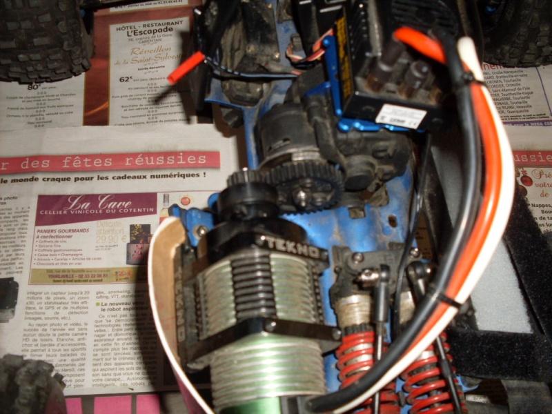 B-revo smileyrc Sdc12925