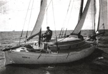 Vito Dumas, ou la nav astro de réchappe ! - Page 4 Leghii10
