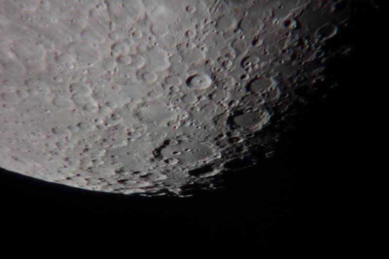 essaie envoie photos de la lune Img_1912