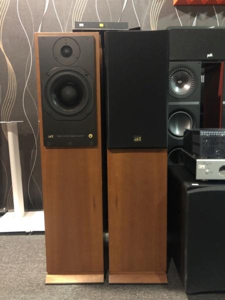 ATC SCM20T SL Floorstanding Speaker(Sold) Img_8810