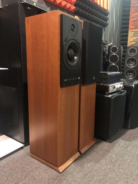 ATC SCM20T SL Floorstanding Speaker(Sold) Img_8812