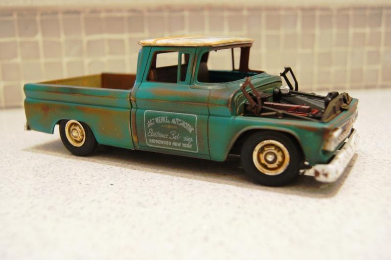 1960 Chevy Fleetside Pickup - RUST Dsc08911