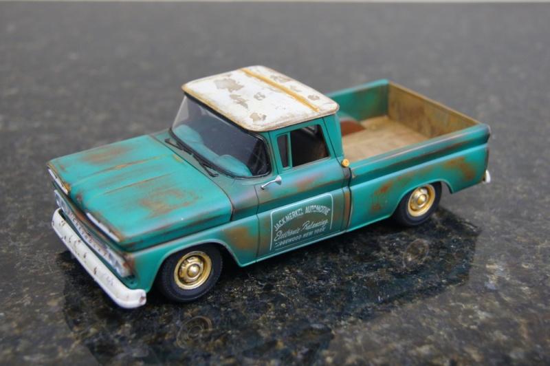 1960 Chevy Fleetside Pickup - RUST Dsc09110