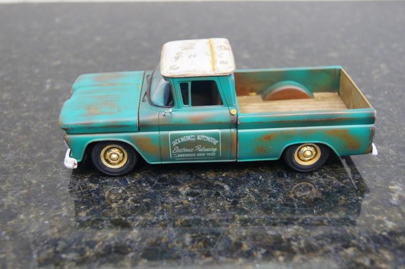 1960 Chevy Fleetside Pickup - RUST Dsc09111