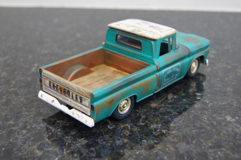 1960 Chevy Fleetside Pickup - RUST Dsc09112