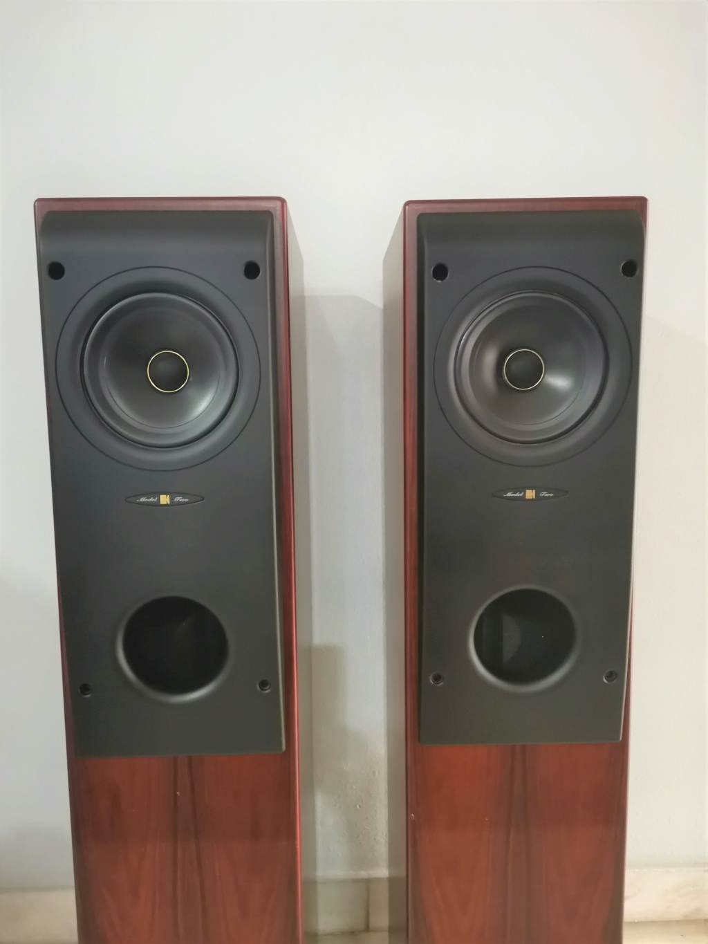 Kef reference model 2 (used) Img_2014
