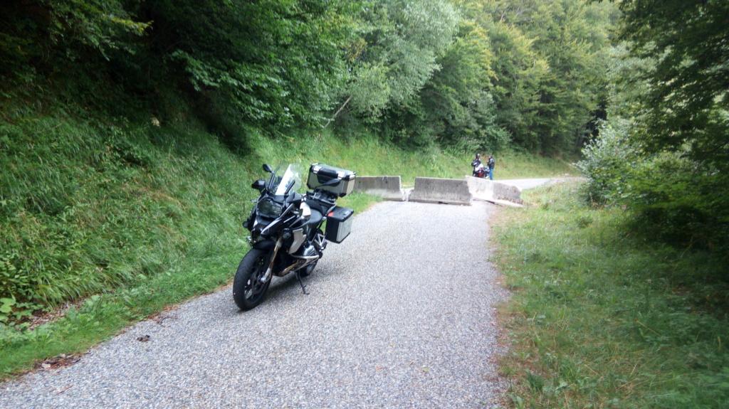 Comparatif - BMW R 1250 GS Adventure VS Honda CRF 1100 L Africa Twin Adventure Sports: les trails au sommet Img_2288