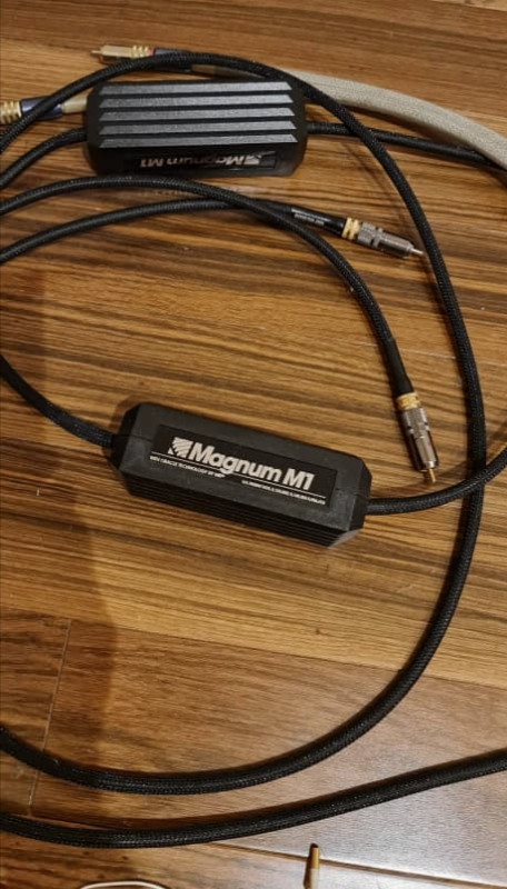 MIT Magnum M1 2.0m interconnects (used) Img_2020