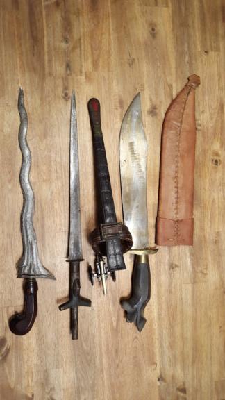 Estimation trois couteaux africain 20180930