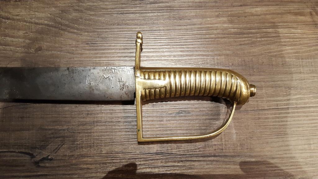Rentrée de trois sabres et un glaive Suisse. (Et encore un) 20181022