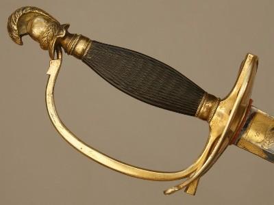 Encore une épée d'uniforme  Downlo21