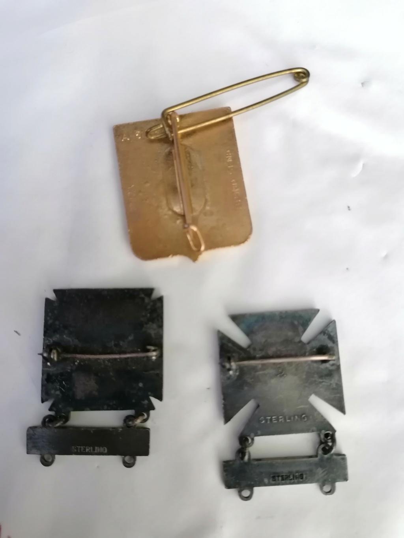 Médailles et insignes a identifié  Img_2227