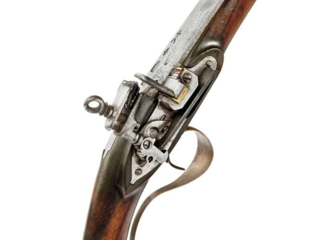 Jamais deux sans trois. Fusil espagnol Img_2310