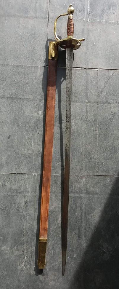 Estimation épée d'uniforme Receiv13