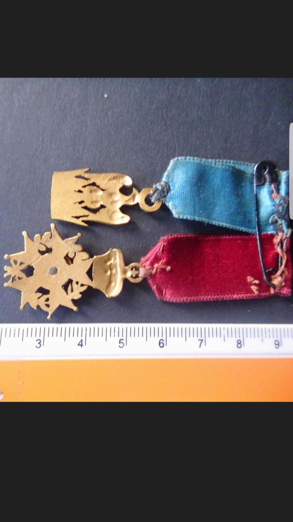 Identification et estimation médaille période Napoléon  Screen12