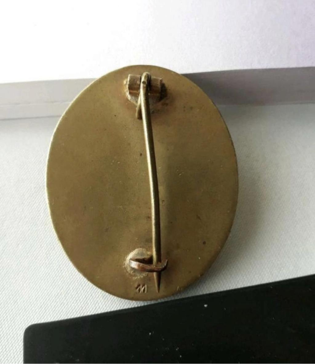 Authentification badge blessés WW2 Or 007be910