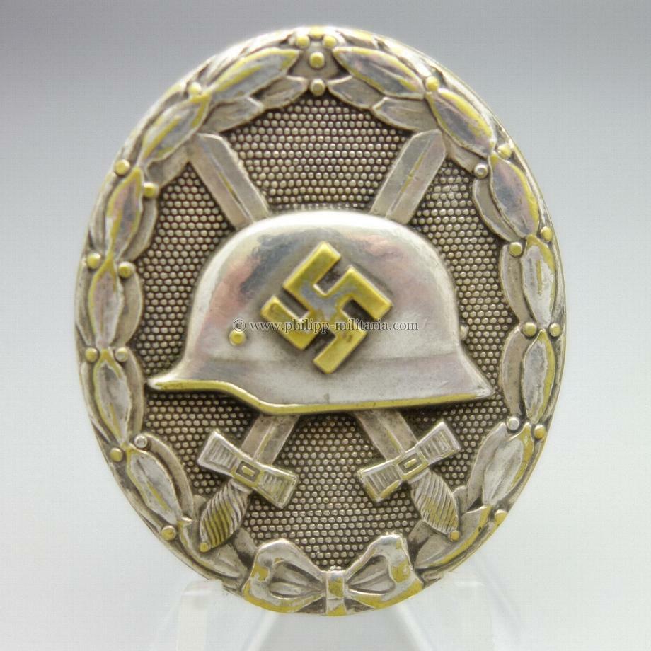 Badge des blessés Argent 13764612
