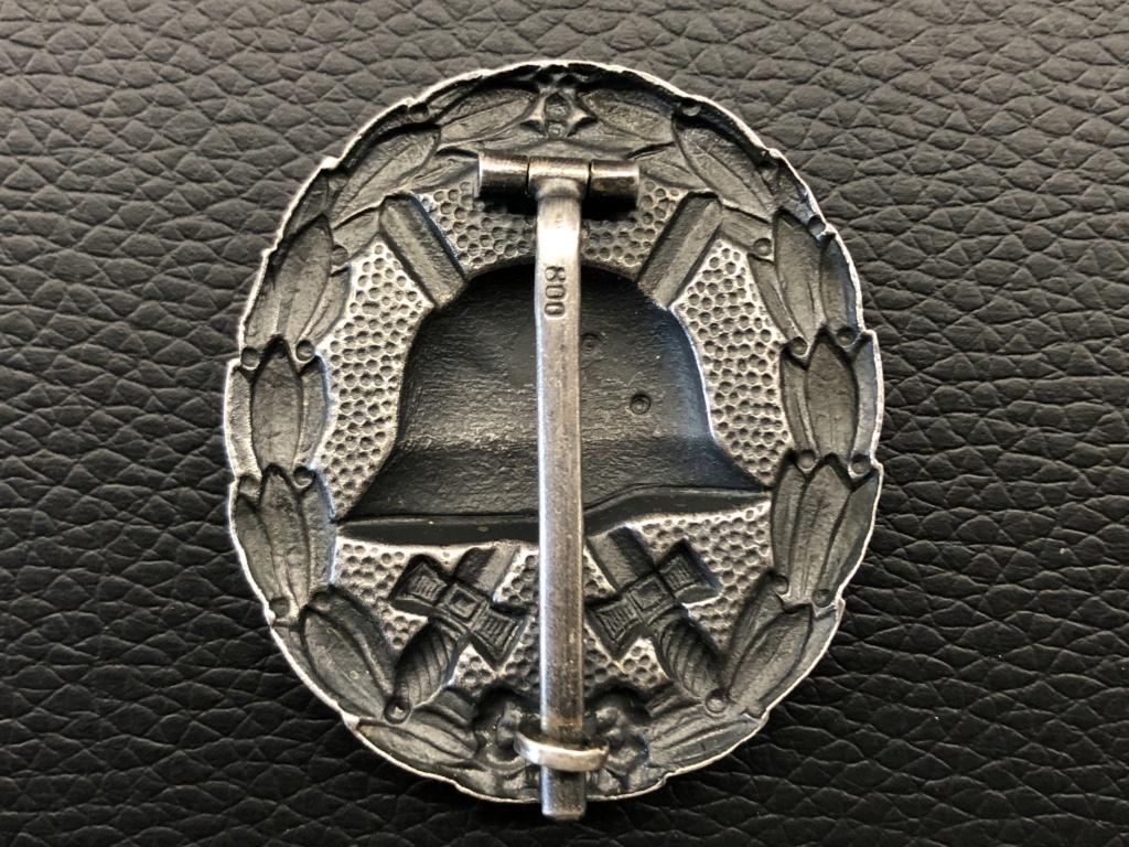Ma collection de badges des blessés. 305c4c10