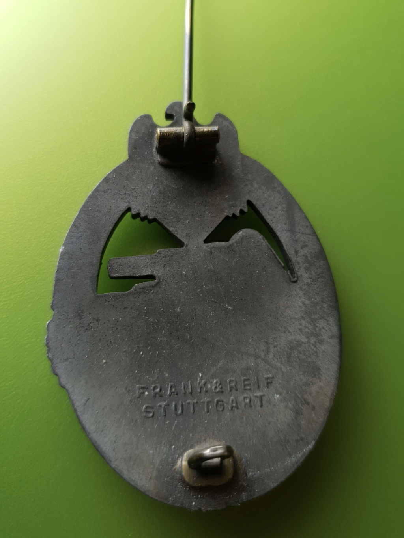 Authentification Panzerkampfabzeichen 37af9f10