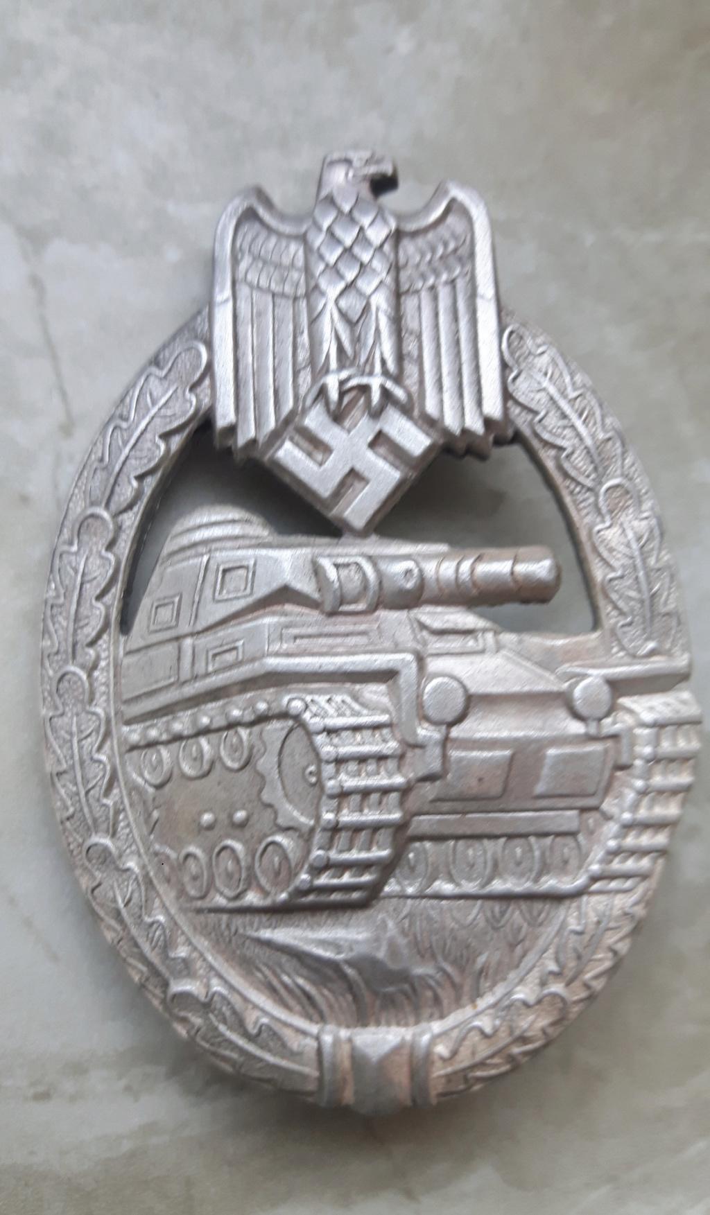 Avis pour un Panzerkampfabzeichen 39e98310