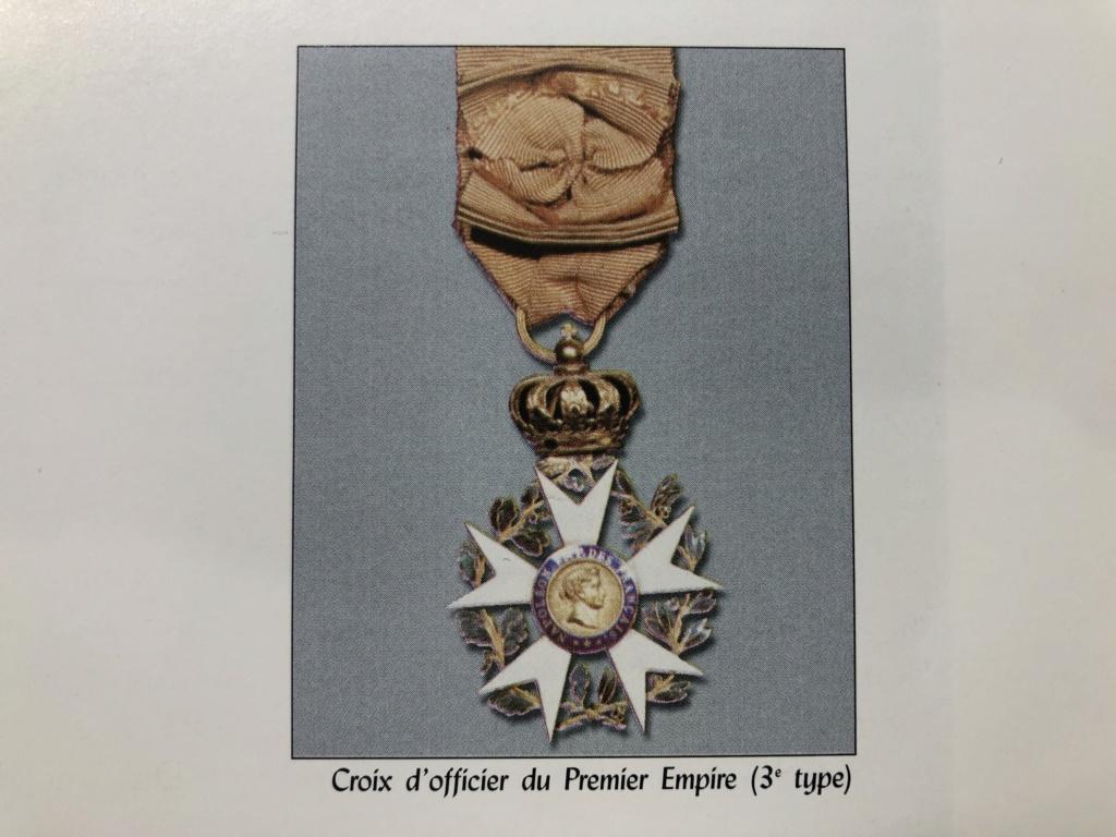Aide sur un détails des Légions d' Honneur 3c8bc910