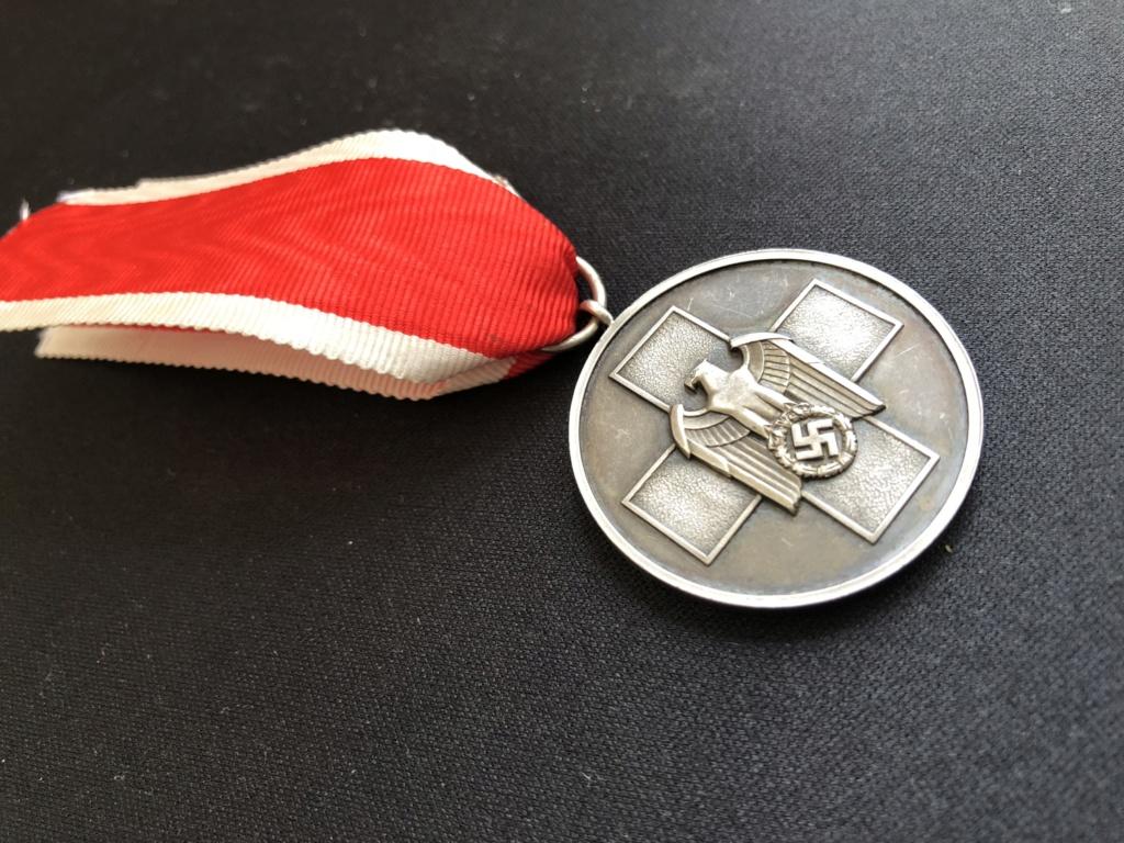 Médaille Ehrenzeichen für deutsche Volkspfleg 4182df10