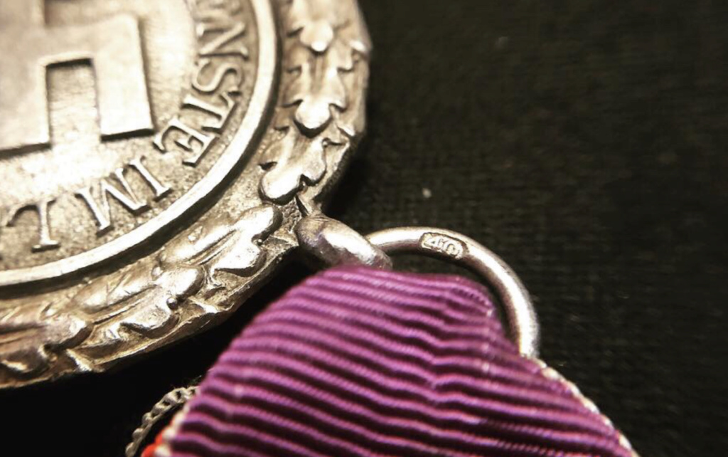 Médaille luftschutz  48e3fa10
