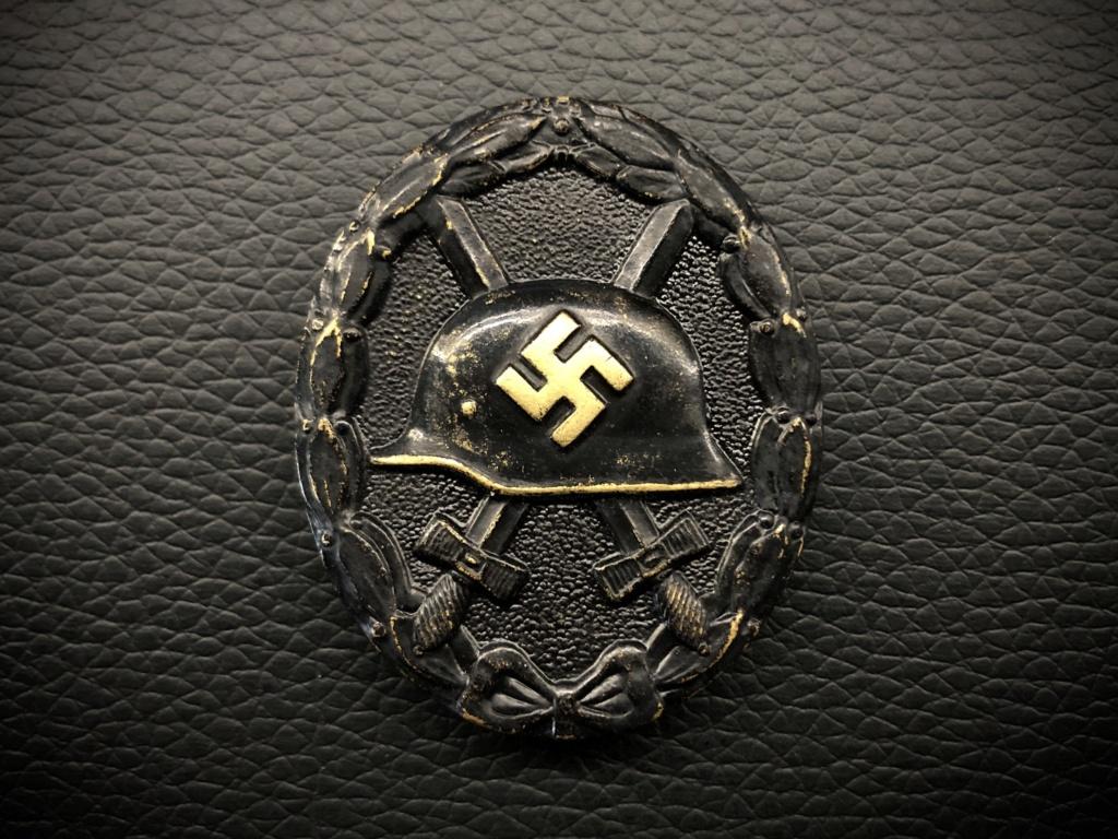 Ma collection de badges des blessés. 575b2d10