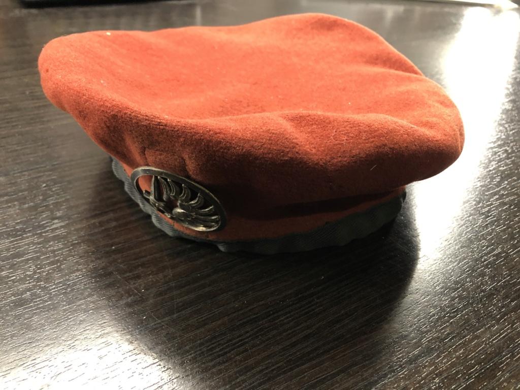 Béret rouge avec insigne troupes métro aéroportées ( Merci Greg ;) ) 828c6a10