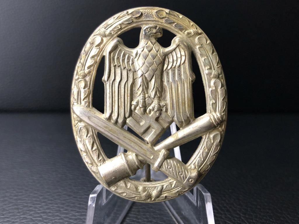 Insigne d'assaut général Karneth. 8a745710
