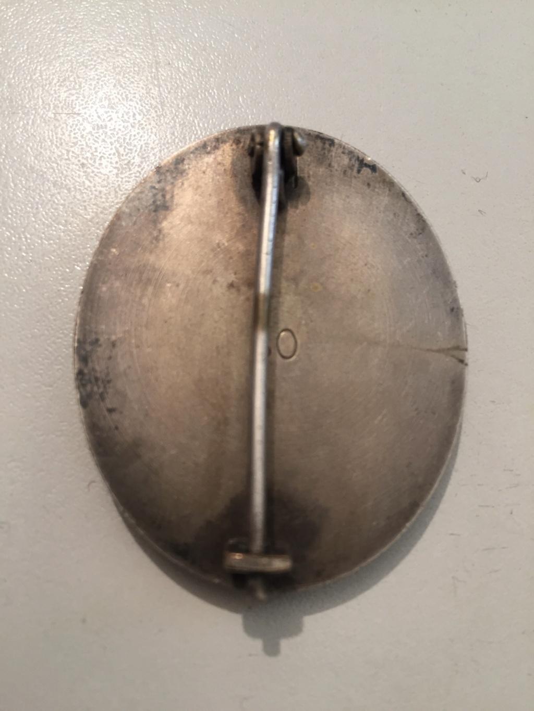 Badge des blessés Argent  9498e210