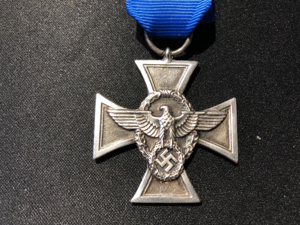 Authentification Médaille Polizei 18 ans de services  B148a510