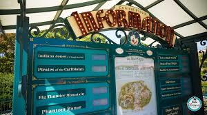 Panneau d'information Central Plaza (Disneyland Park) - Page 3 Dlp10