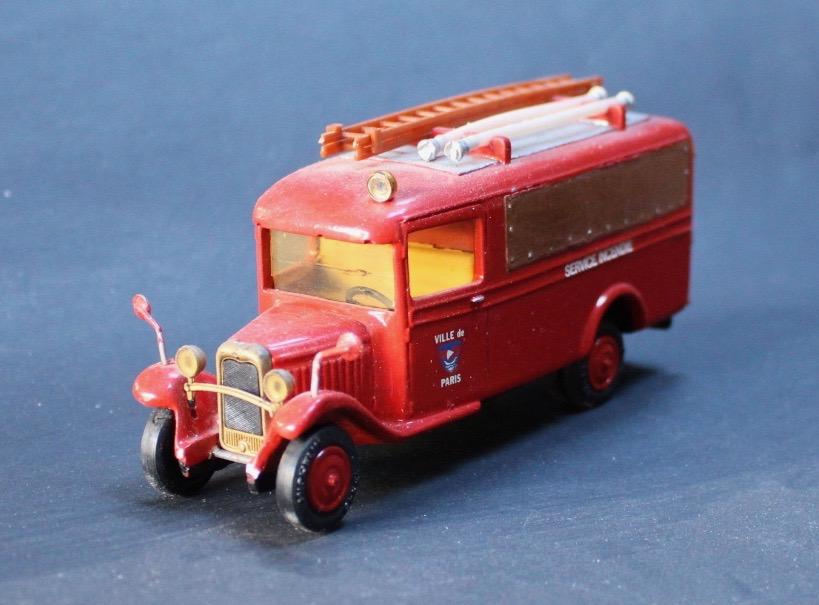 """""""trani"""" et les C4 pompiers - Page 3 Citroe11"""