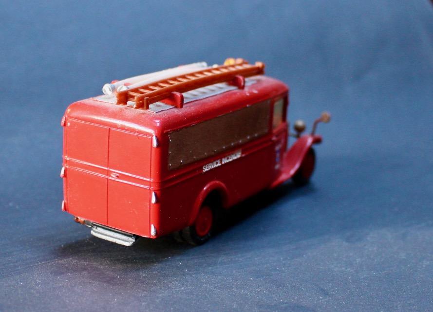 """""""trani"""" et les C4 pompiers - Page 3 Citroe12"""