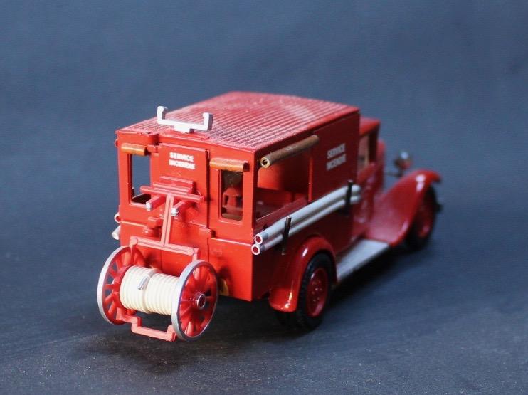 """""""trani"""" et les C4 pompiers - Page 3 Citroe14"""