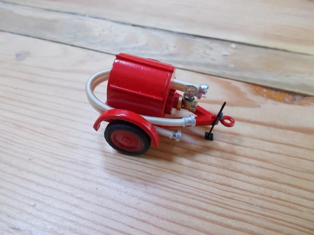 """""""trani"""" et les C4 pompiers - Page 8 Moto_p13"""