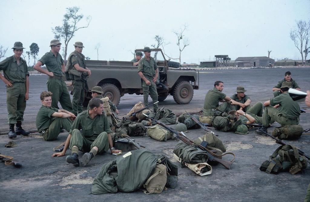 Australian Vietnam War loadout 104sig10
