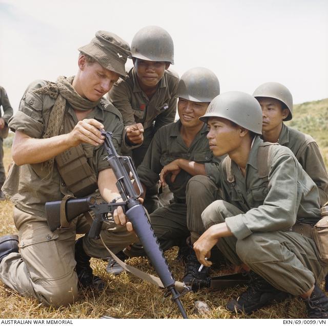 Australian Vietnam War loadout 40910110