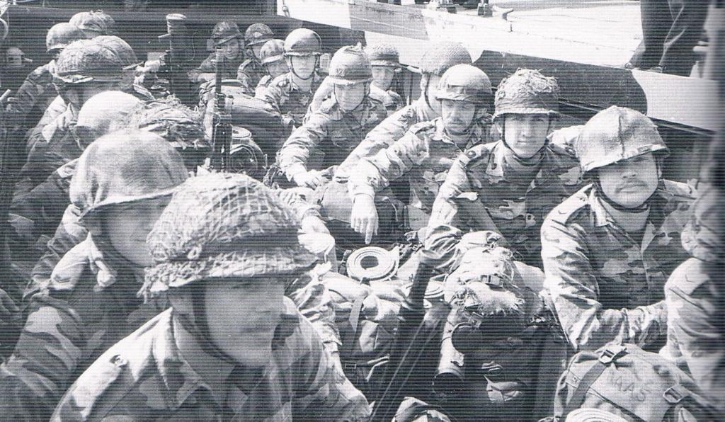 Korps Mariniers Webbing - Page 3 Ccf21010