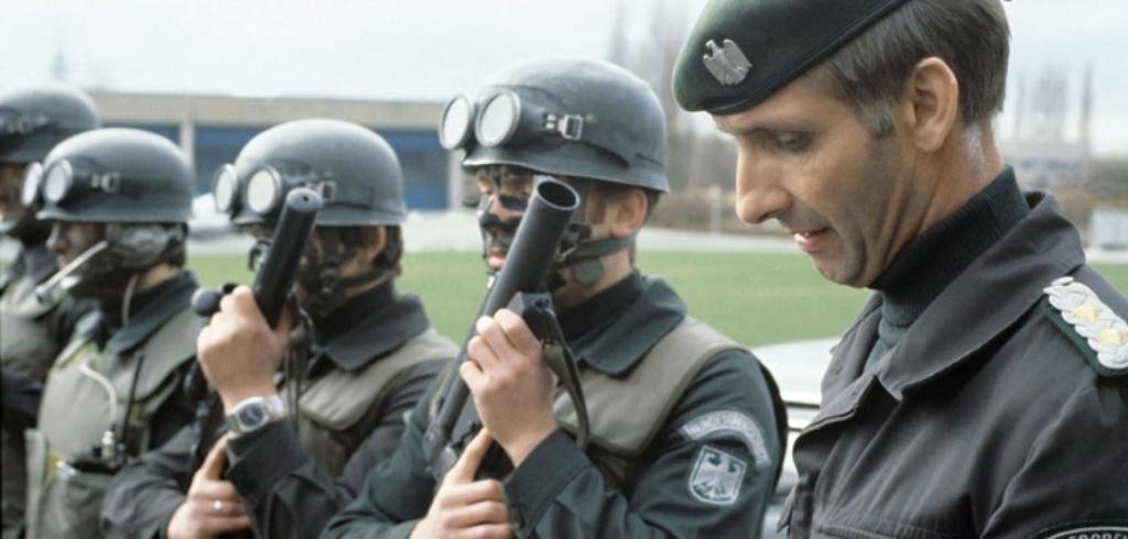 British (German contract) Bristol body armor (refpics wanted) Cn-raf10