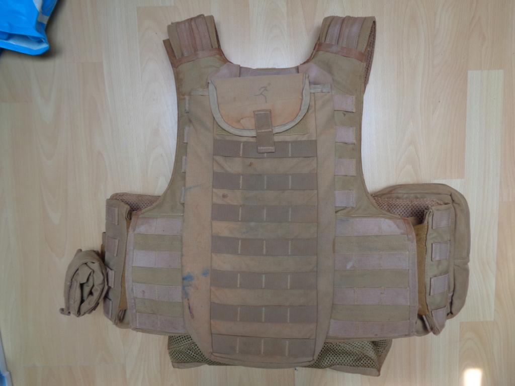 Dutch uniform and body armor as used in Mali, Fibrotex Fightex and Profile Equipment Moral SF, and more related gear (Profile, Diamondback) Dsc00040