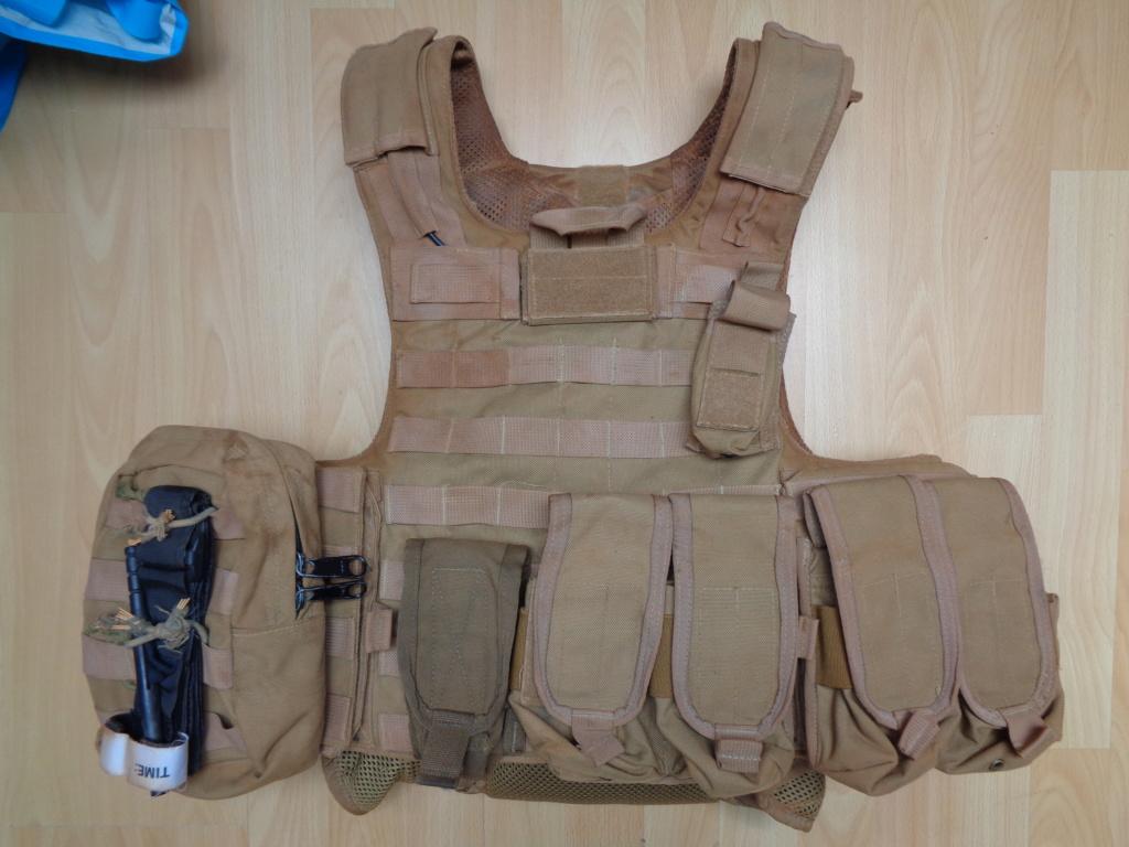 Dutch uniform and body armor as used in Mali, Fibrotex Fightex and Profile Equipment Moral SF, and more related gear (Profile, Diamondback) Dsc00041
