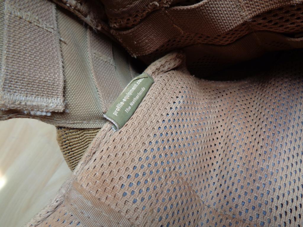 Dutch uniform and body armor as used in Mali, Fibrotex Fightex and Profile Equipment Moral SF, and more related gear (Profile, Diamondback) Dsc00043