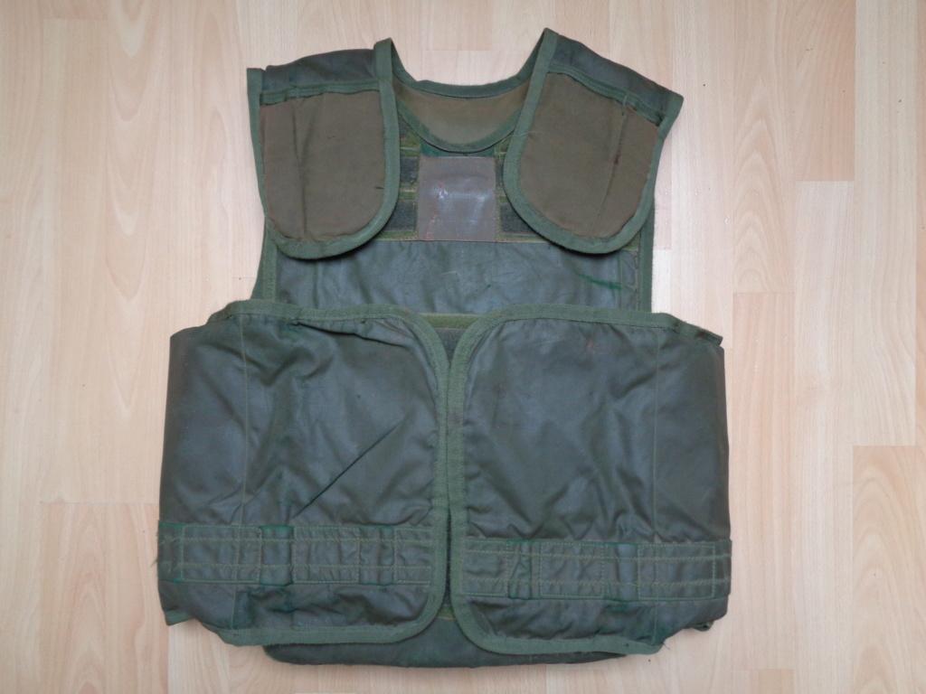 British (German contract) Bristol body armor (refpics wanted) Dsc00247