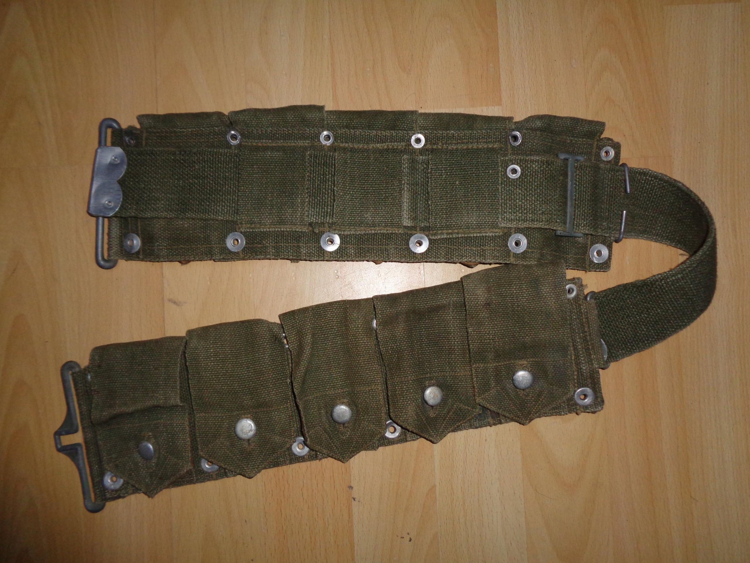 Weird Garand belt, alu-leather flap closures Dsc00816