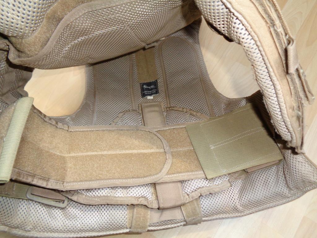Dutch uniform and body armor as used in Mali, Fibrotex Fightex and Profile Equipment Moral SF, and more related gear (Profile, Diamondback) Dsc01028