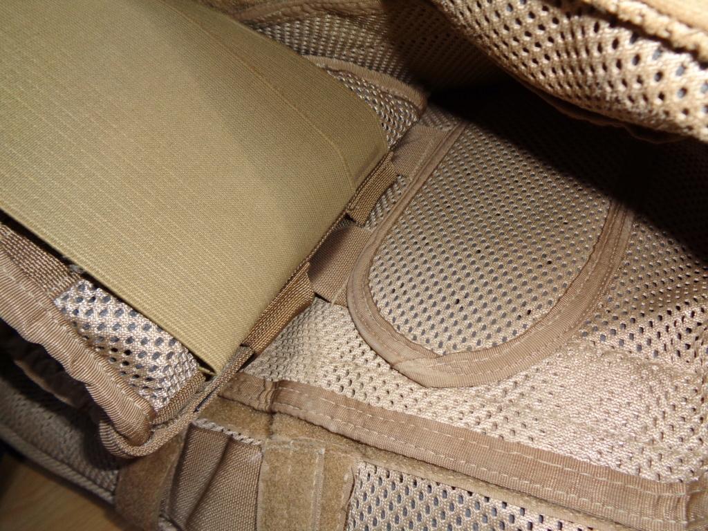 Dutch uniform and body armor as used in Mali, Fibrotex Fightex and Profile Equipment Moral SF, and more related gear (Profile, Diamondback) Dsc01029