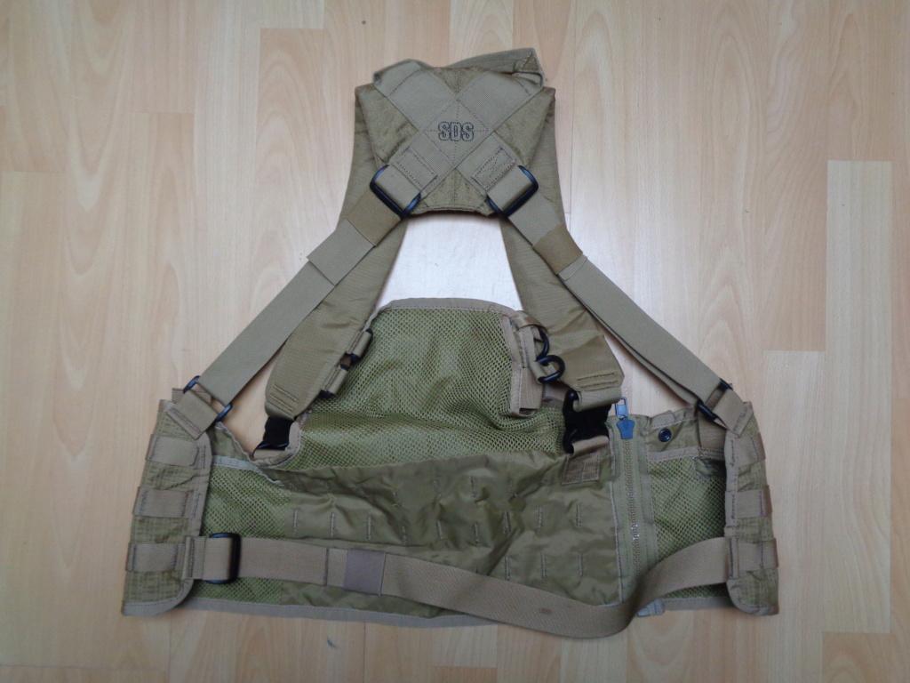 Dutch uniform and body armor as used in Mali, Fibrotex Fightex and Profile Equipment Moral SF, and more related gear (Profile, Diamondback) Dsc01221