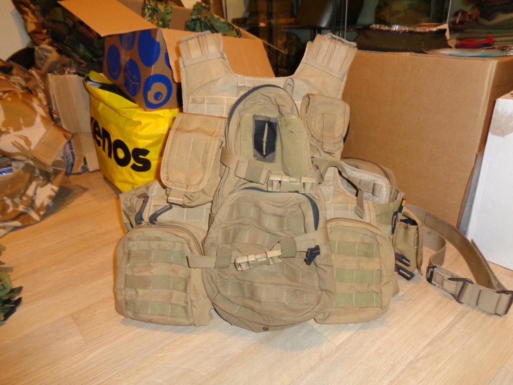 Dutch uniform and body armor as used in Mali, Fibrotex Fightex and Profile Equipment Moral SF, and more related gear (Profile, Diamondback) Dsc01331